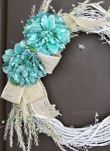 Mint & White Winter Wreath - door decor ideas