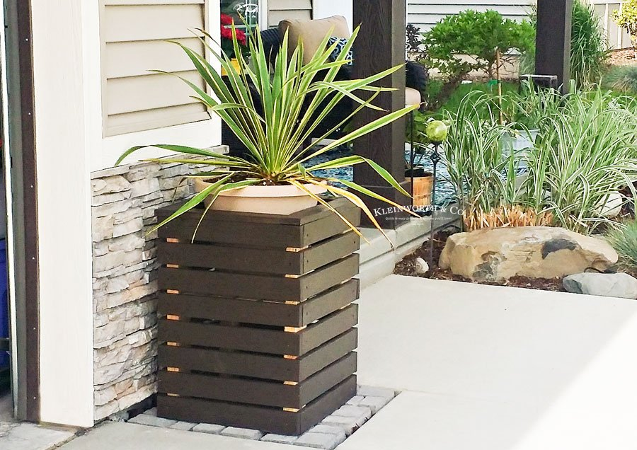 DIY Modern Planter Boxes tutorial