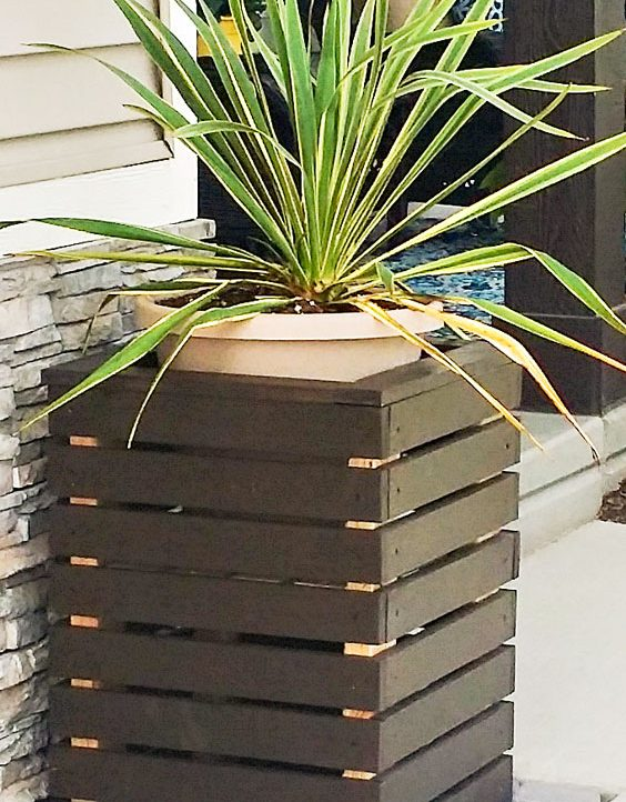 Super Easy DIY Modern Planter Boxes