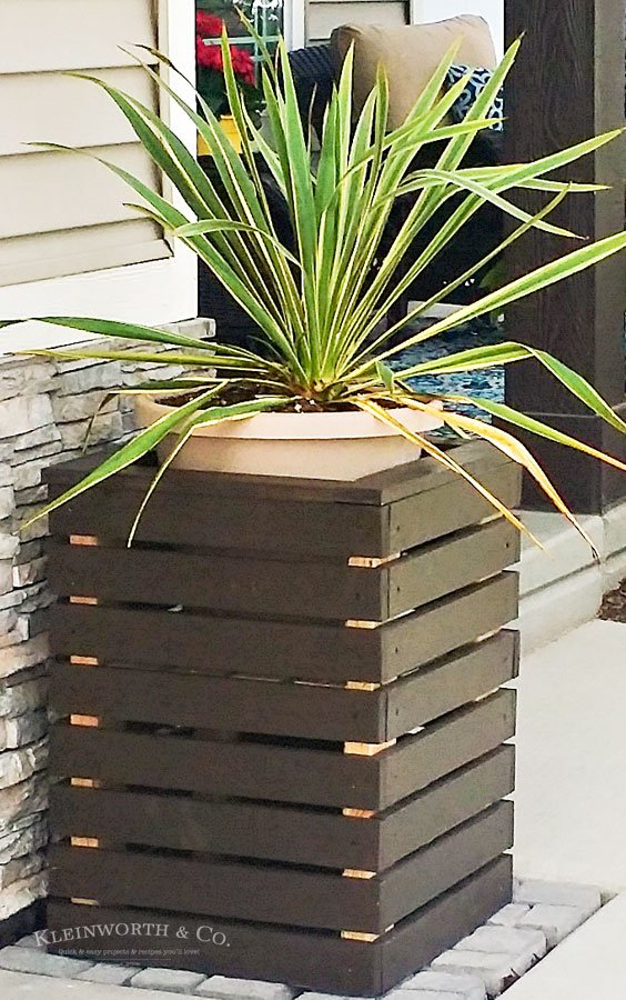 Super Easy DIY Modern Planter Boxes