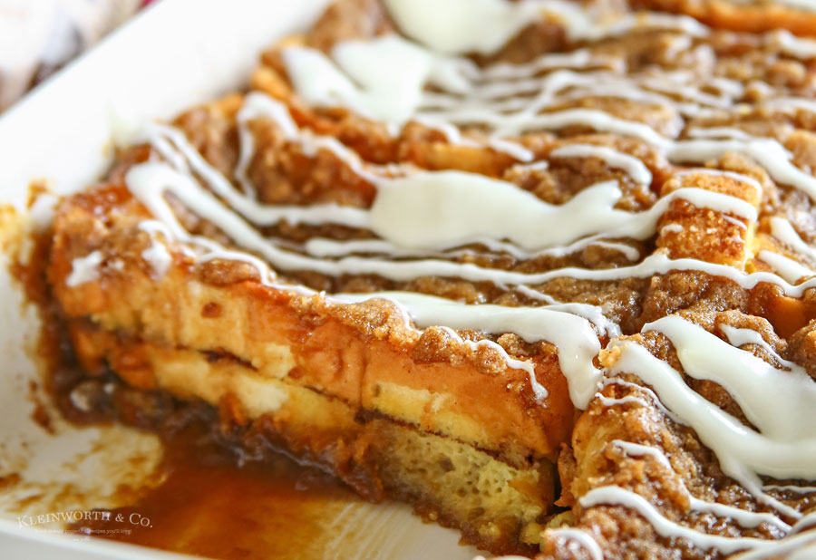 how to make Cinnamon Roll French Toast Bake