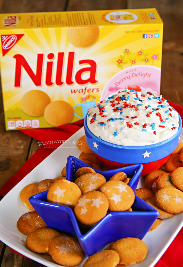 Patriotic Cake Batter Dip with NILLA Wafers