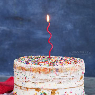 how to make Homemade Funfetti Cake