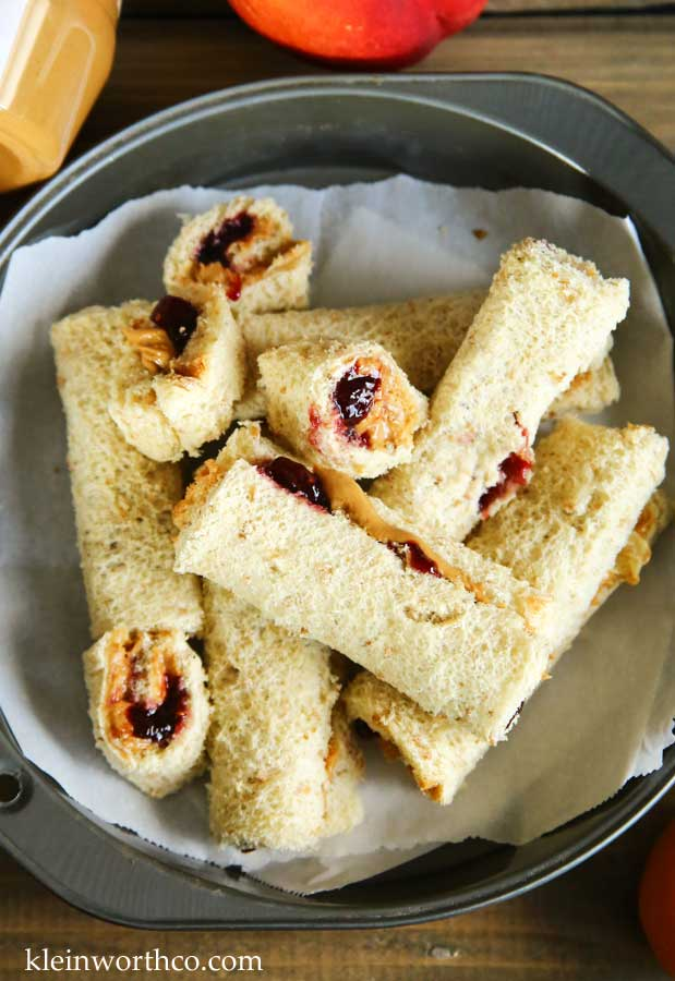 Peanut Butter & Jelly Roll-Ups Lunch