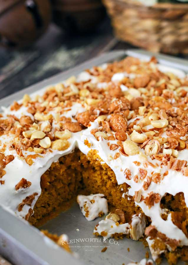 pumpkin toffee cake