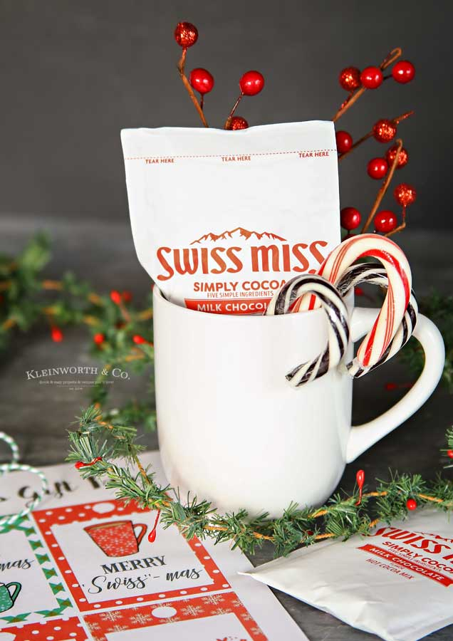 Free printable gift tags - Merry Swiss-Mas Free Printable Gift Tags