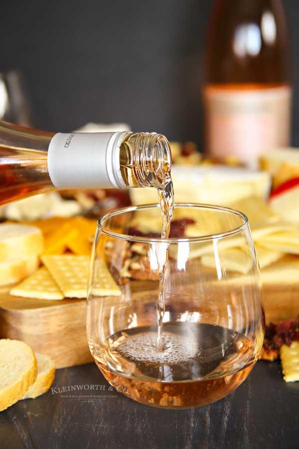 beaujolais wine- rose