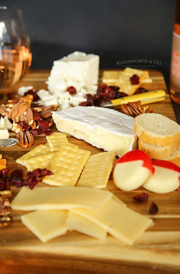 Cheese platter - Beaujolais Cheese Pairing List for a Holiday Party
