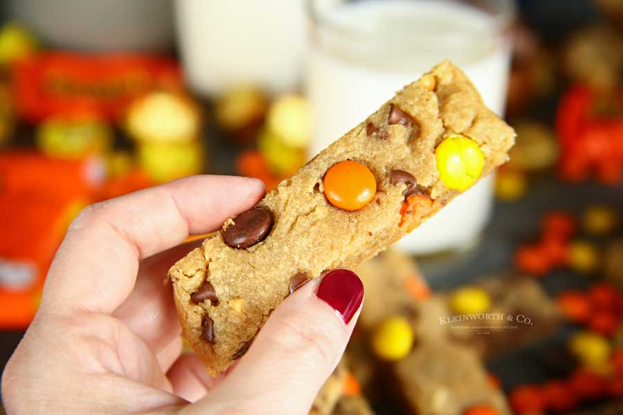 Reese's Peanut Butter Cookie Dippers sticks