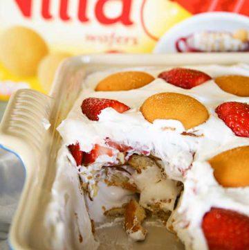 how to make Strawberry Ice Box Cake