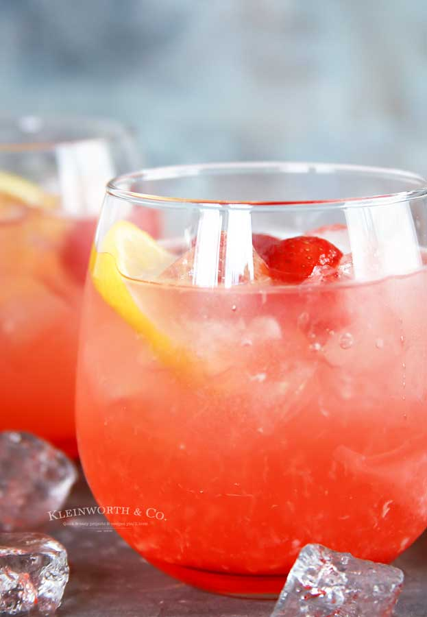 peach drink recipe - Peach Strawberry Lemonade