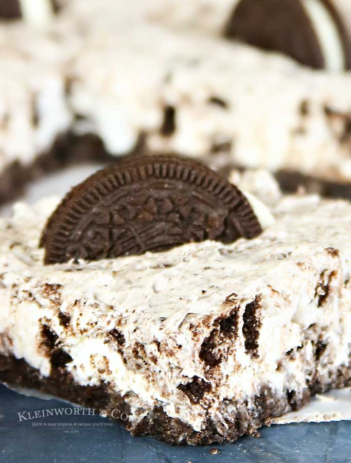 No-Bake Oreo Cheesecake squares