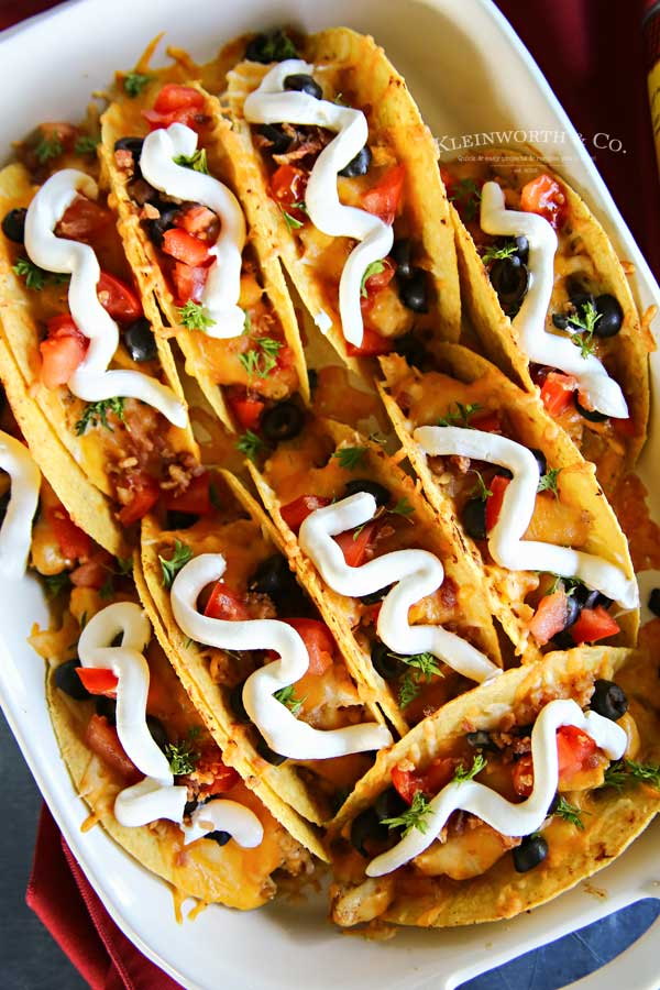 easy dinner recipe - Rotisserie Chicken Bacon Ranch Tacos