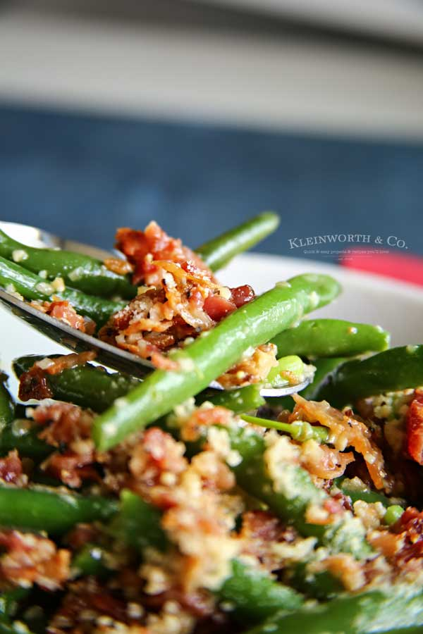 string beans recipe - Bacon & Garlic Green Beans