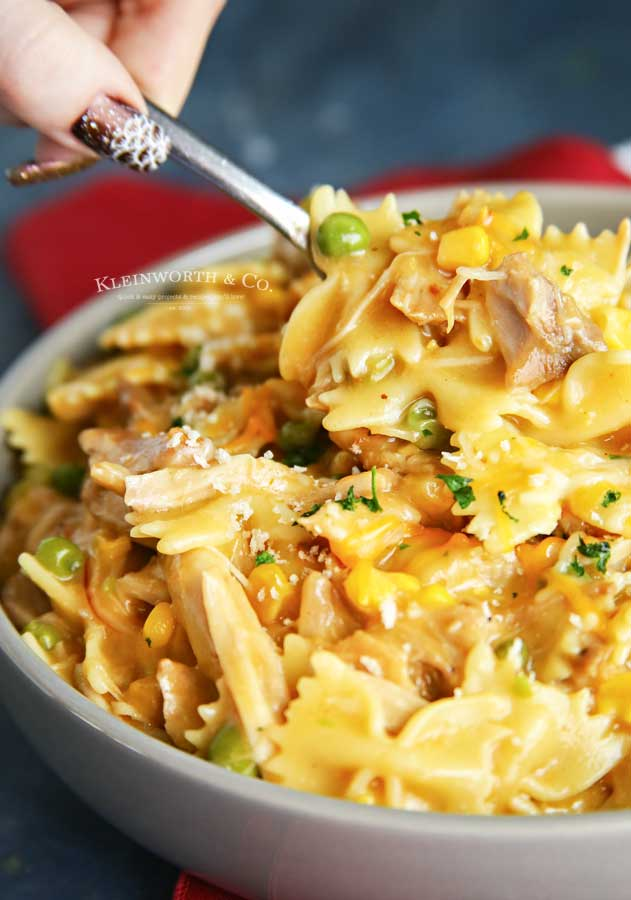 15 minute dinner - Instant Pot Chicken Noodle Casserole