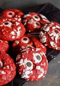 Halloween Party - Bloodshot Eyeball Red Velvet Crinkle Cookies