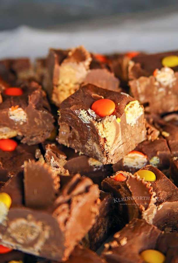 4 ingredient - Easy Microwave Reese's Fudge