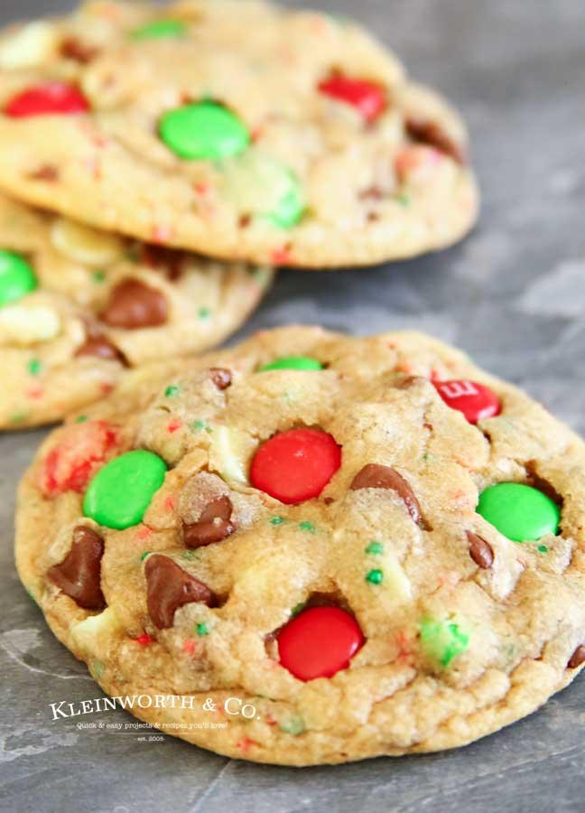 Holiday - Christmas M&M Sprinkle Cookies