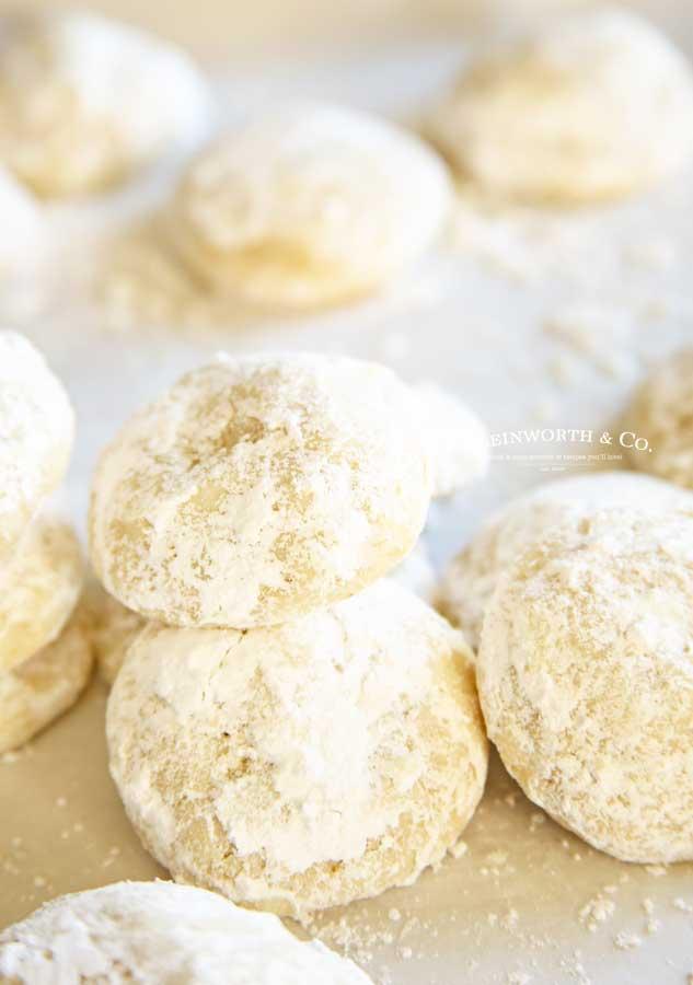Best Holiday Cookies - Easiest Snowball Cookies