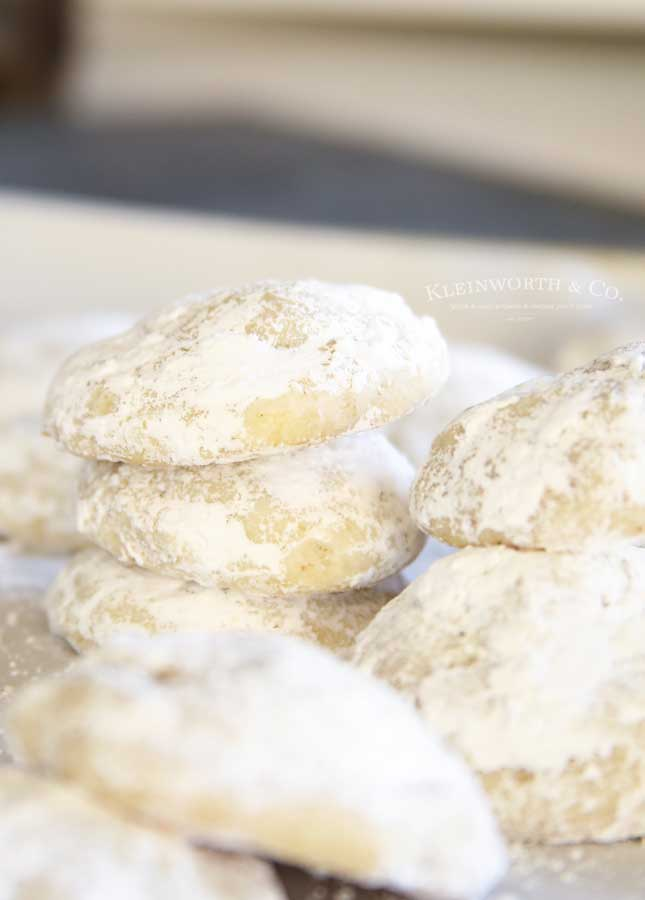 Snowball Cookies with nuts