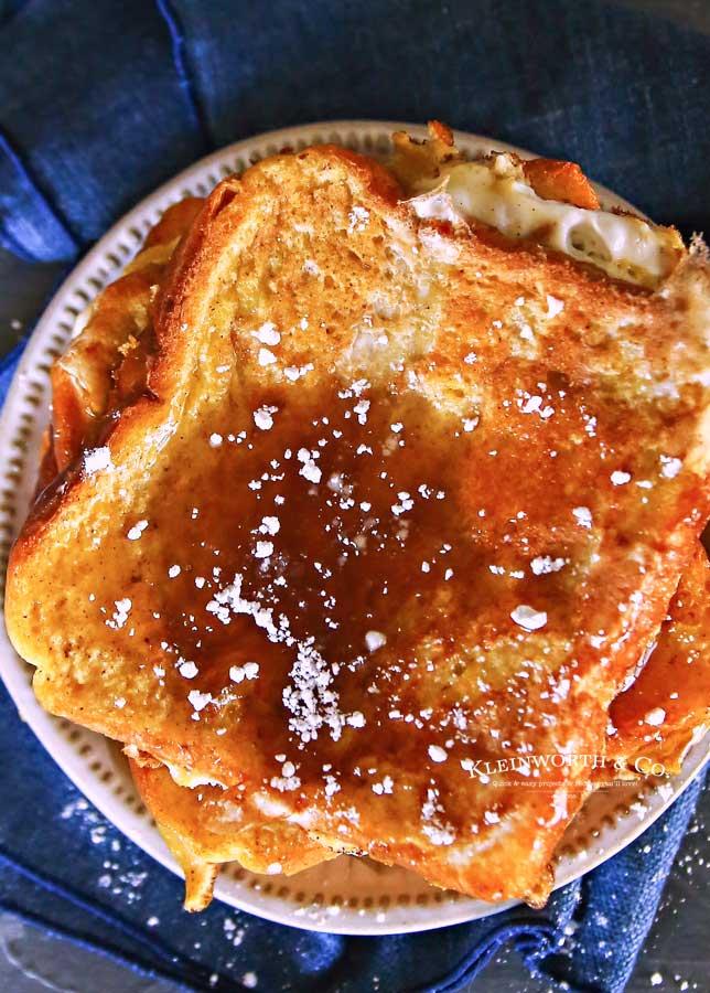 holiday breakfast - Eggnog French Toast