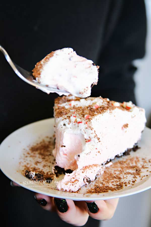 No-Bake Peppermint Cheesecake dessert