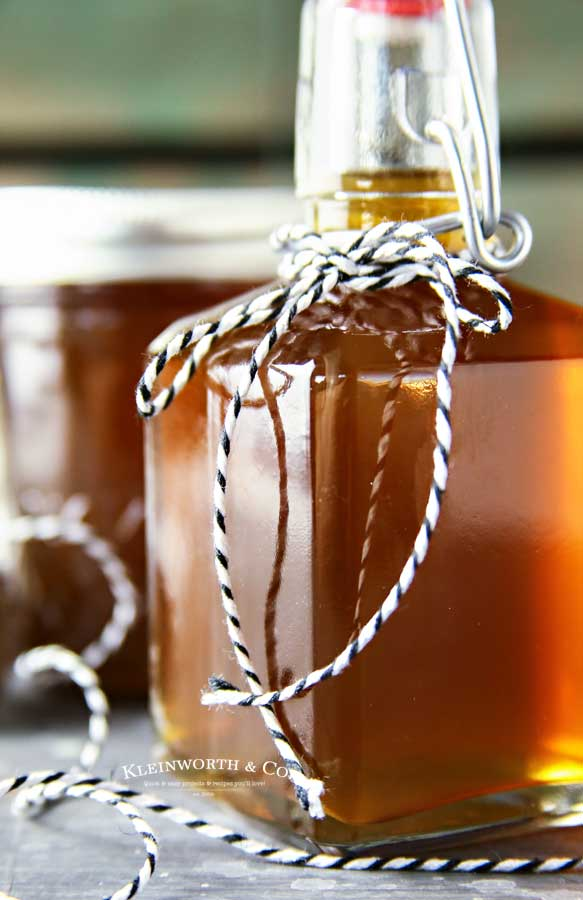 how to make Slow Cooker Salted Caramel Moonshine