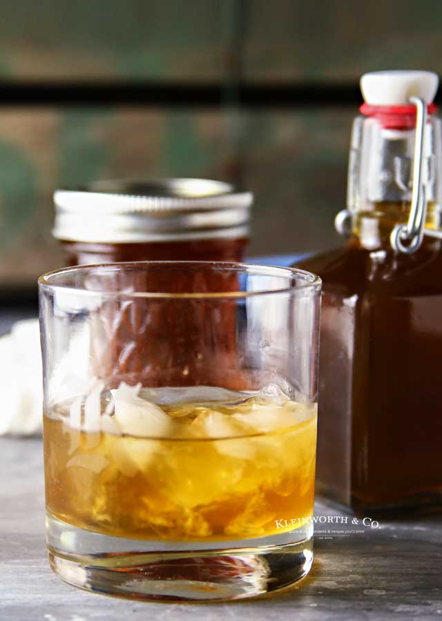 Liquor - Slow Cooker Salted Caramel Moonshine