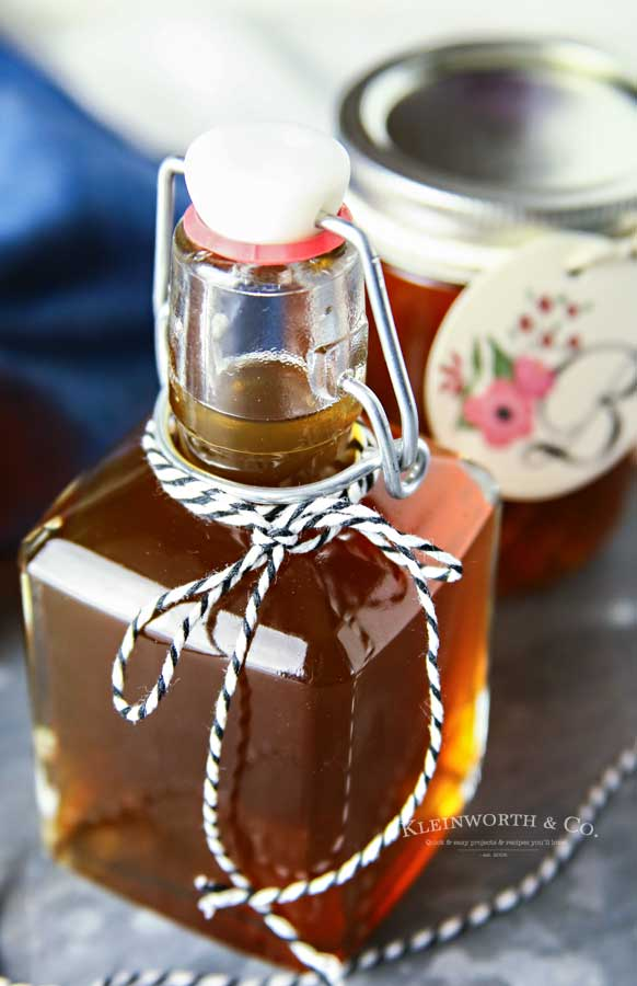 Slow Cooker Salted Caramel Moonshine recipe