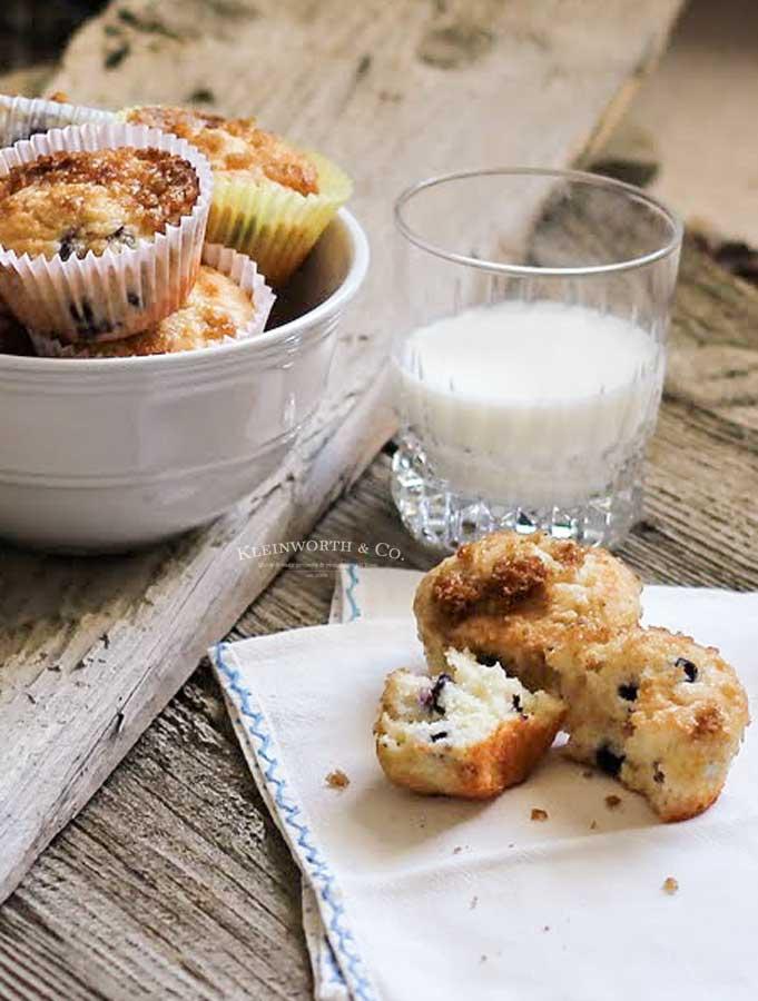 skinny breakfast - blueberry muffins