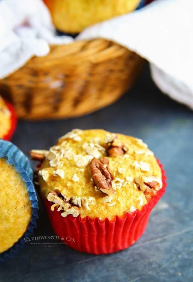 easy recipe - 3-Ingredient Banana Muffins
