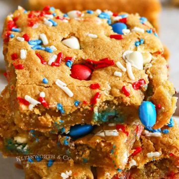 Holiday treats - Patriotic M&M's Cookie Bars