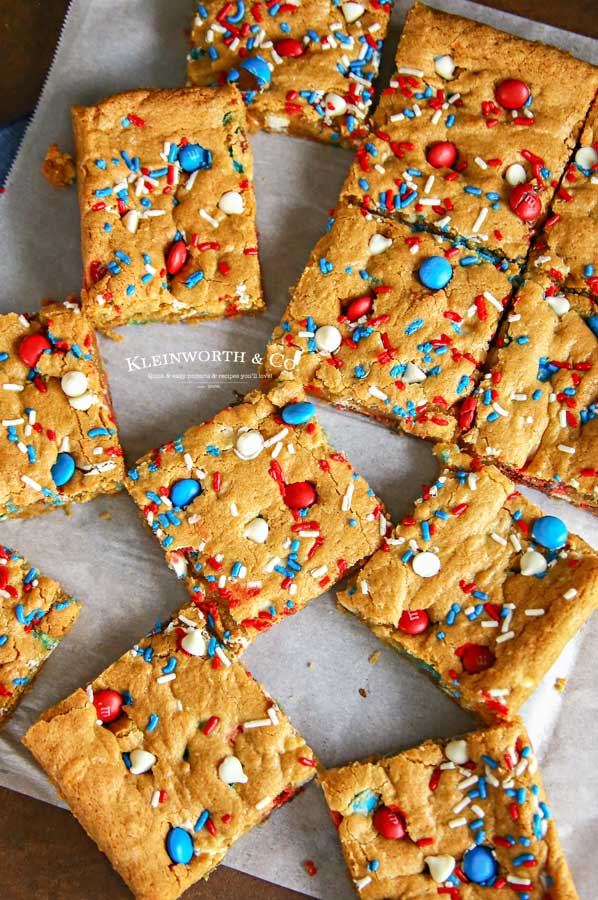 How to make Patriotic M&M's Cookie Bars