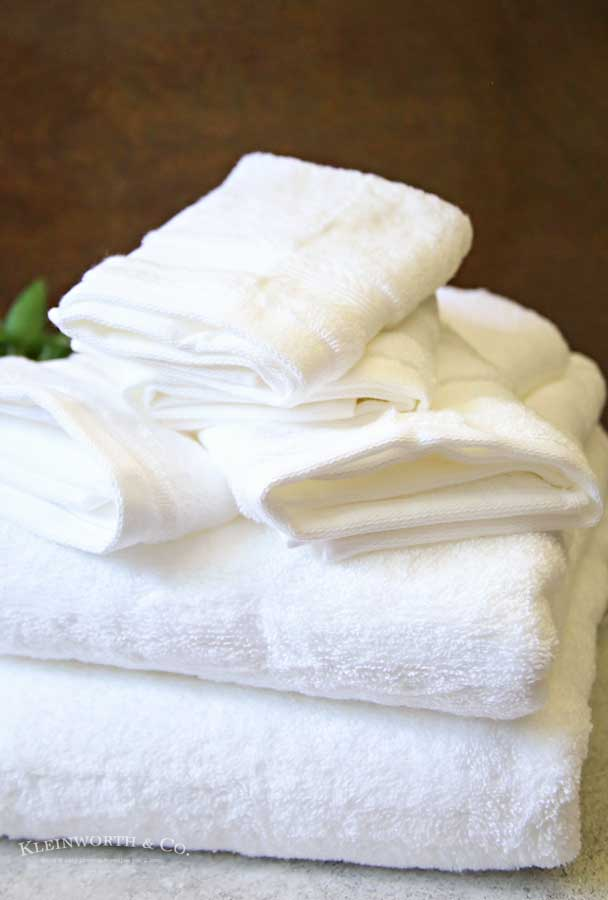 Bath Towels - College Essentials