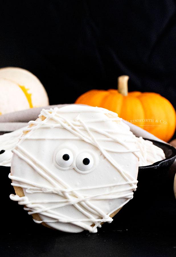 How to make Halloween Cookies