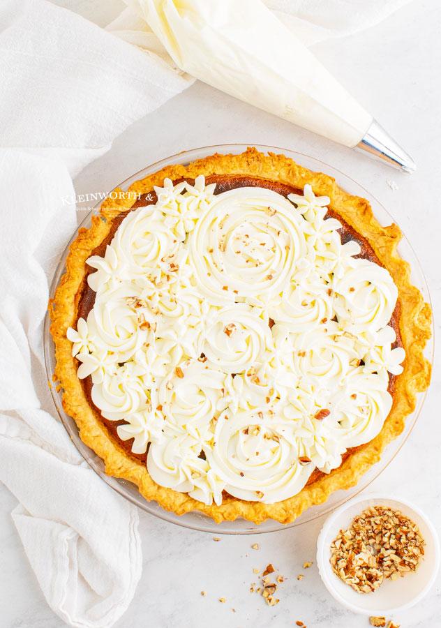 decorated pumpkin pie