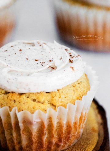 holiday cupcakes Cinnamon Vanilla Bean