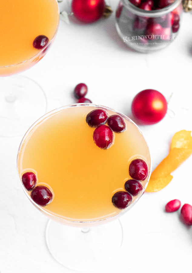 holiday drink - cranberry mimosa