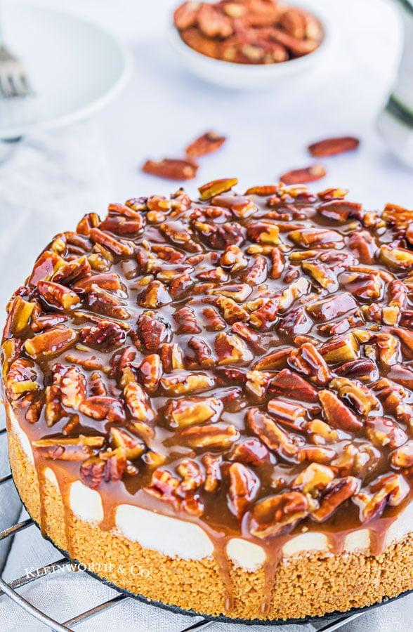 how to make No-Bake Pecan Pie Cheesecake