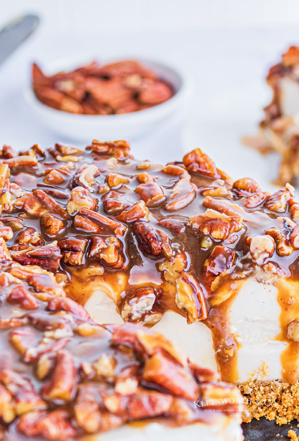 pecan topping dripping down
