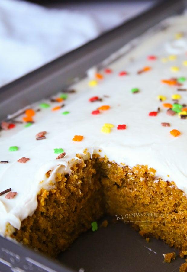 Easy Pumpkin Cake Recipe Thanksgiving