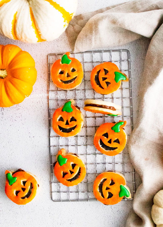Recipe for Pumpkin Shortbread Cookies