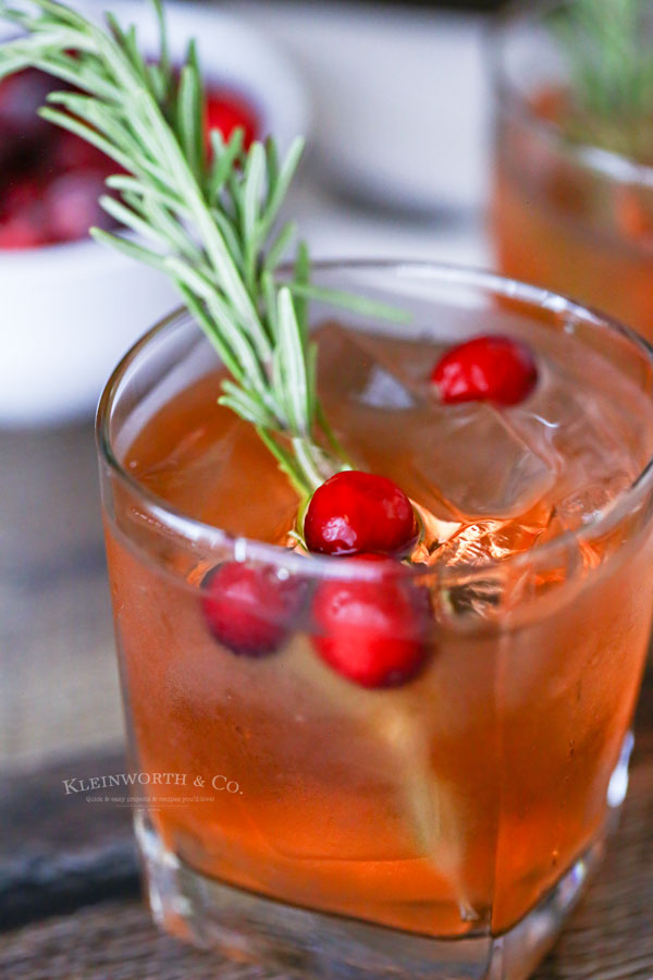 holiday drink Apple Cranberry
