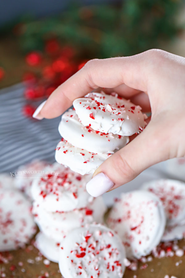 3-ingredient peppermint cookies