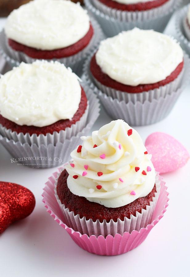 valentine cupcakes - red velvet