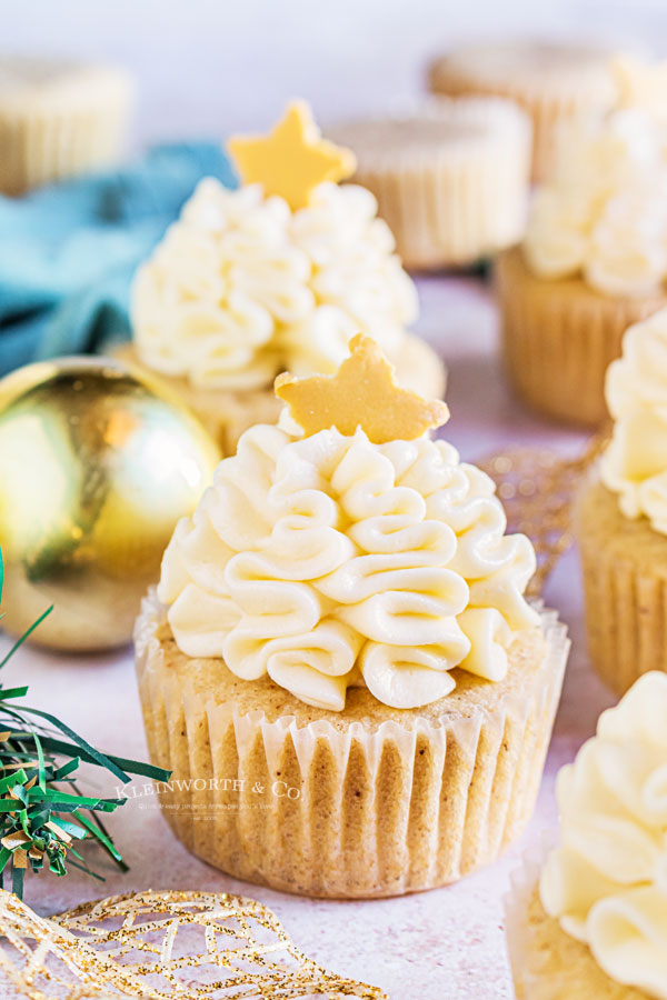 spiced eggnog cupcakes for New year's