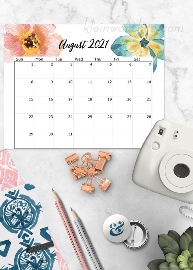 free floral calendar - printable 2021