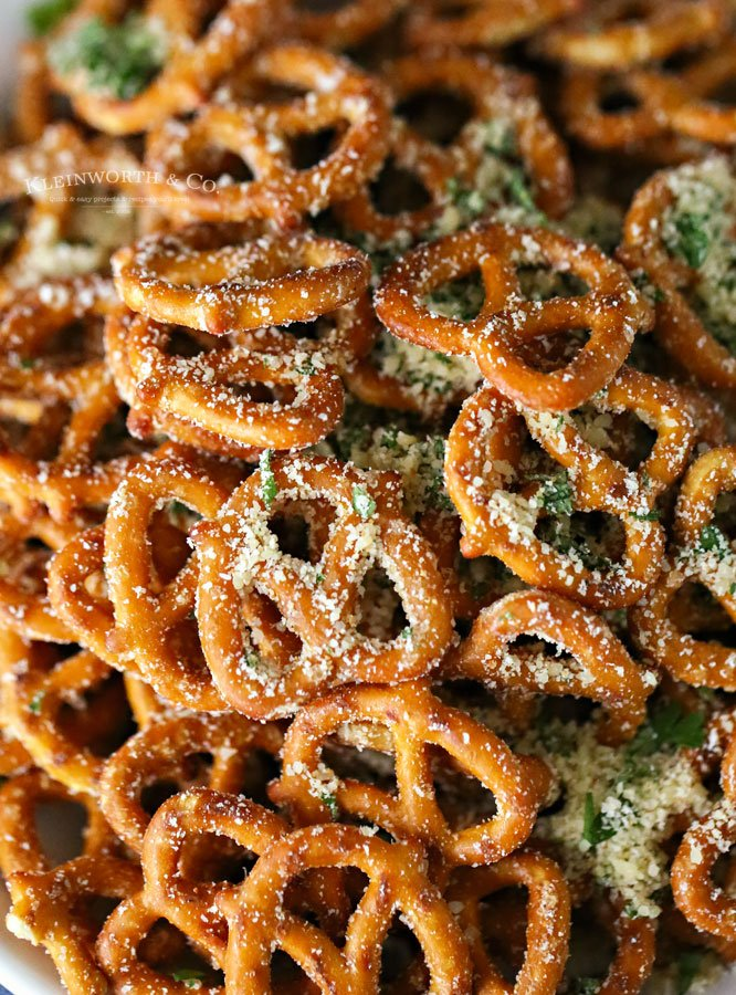 recipe for Garlic Parmesan Pretzels