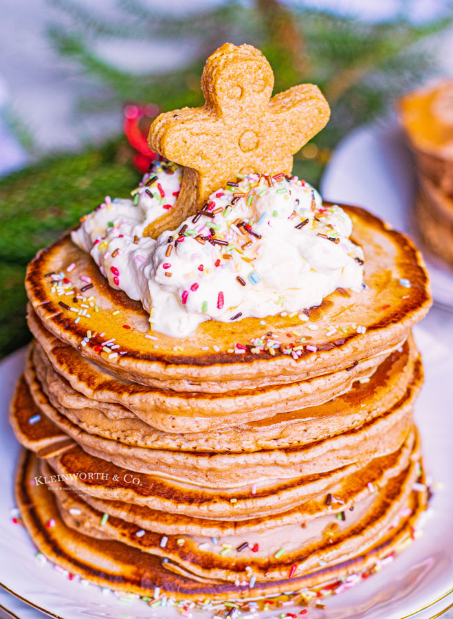 gingerbread and frosting pancakes