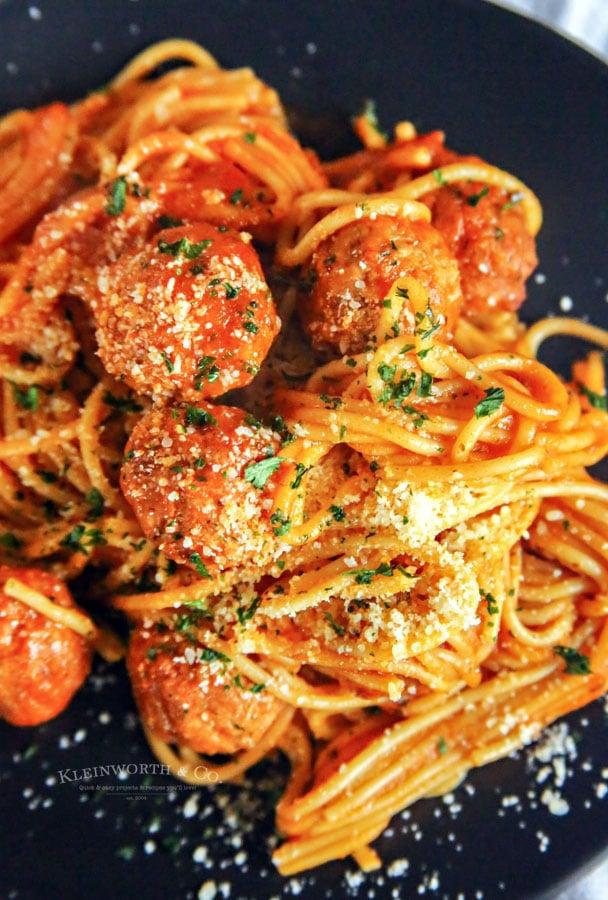 recipe for Instant Pot Spaghetti and Meatballs